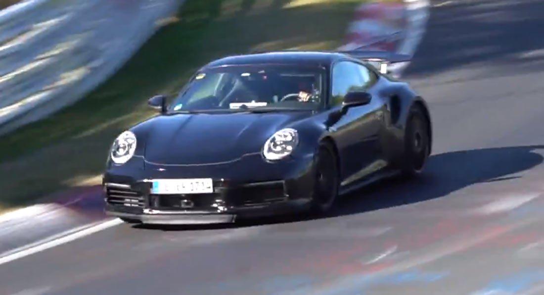 Porsche 911 Turbo (992) na Nurburgringu