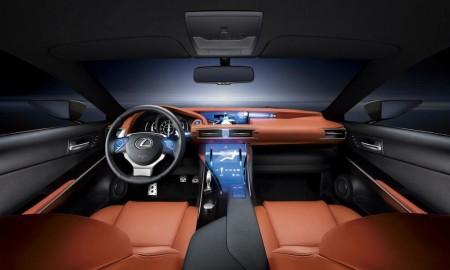 Czy Lexus powróci do ekranów dotykowych?
