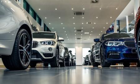 Co drugi kierowca nowego auta w Polsce może stracić 24,4 tys. zł