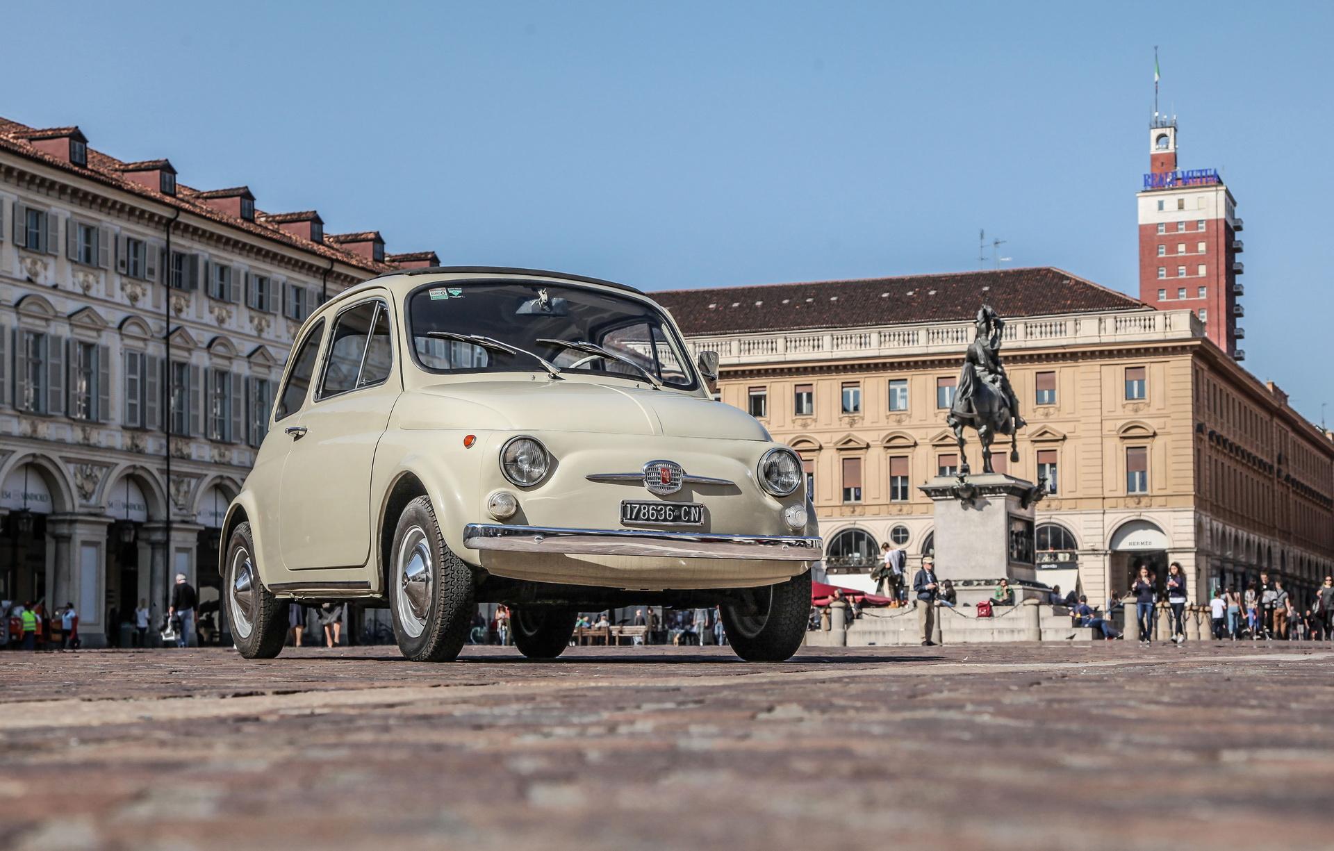Fiat 500 na wystawie w MoMA