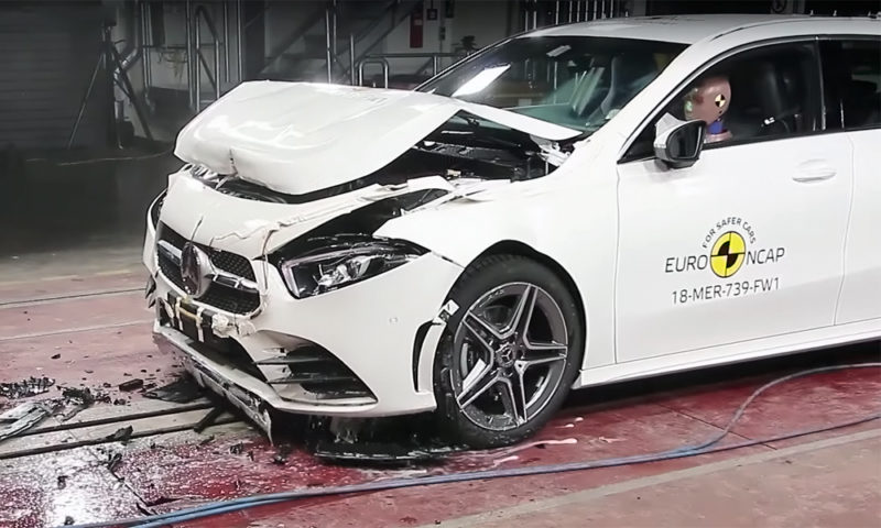Mercedes Klasy A uhonorowany przez EuroNCAP
