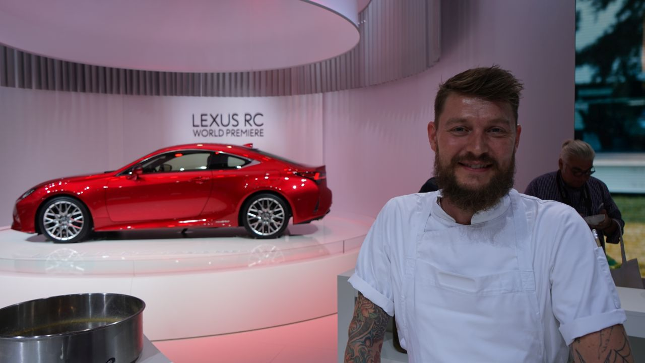 Lexus RC na talerzu?