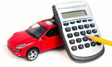 Tylko połowa kierowców porównuje ceny ubezpieczeń komunikacyjnych przed zakupem polisy