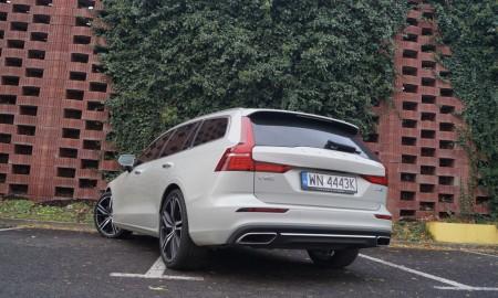 Volvo V60 D4 2,0 Inscription 190 KM – Kochajmy diesle, tak szybko odchodzą…