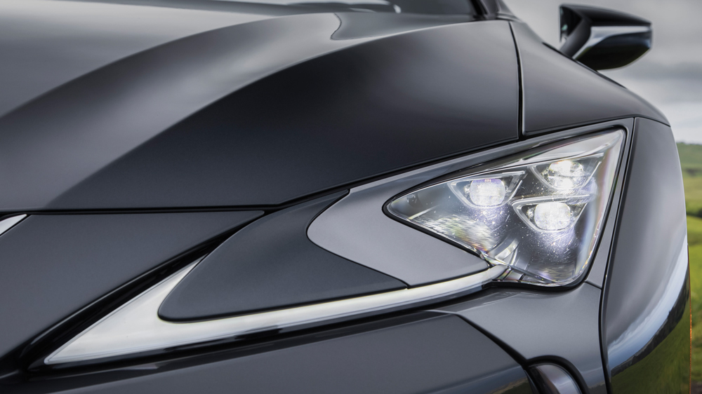 Lexus, Toyota i Porsche – liderzy niezawodności wg J.D. Power