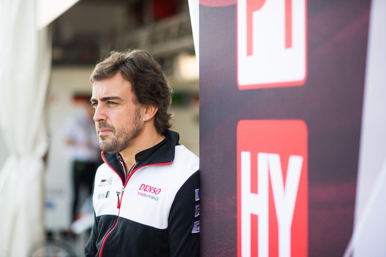 Fernando Alonso w Toyocie na torze Sebring