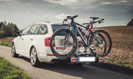 Jak wybrać odpowiedni bagażnik rowerowy na samochód?