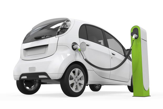 W 2020 r. powinno być w Polsce ponad 120 tys. ładowarek do aut elektrycznych