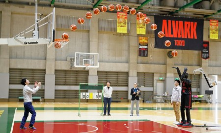 Grający w koszykówkę robot Toyoty pobił rekord Guinnessa
