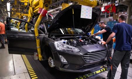 Ford zredukuje zatrudnienie