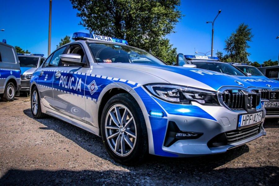 Nowe policyjne BMW trafiły na drogi