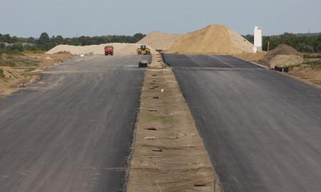 Przybywa dróg betonowych