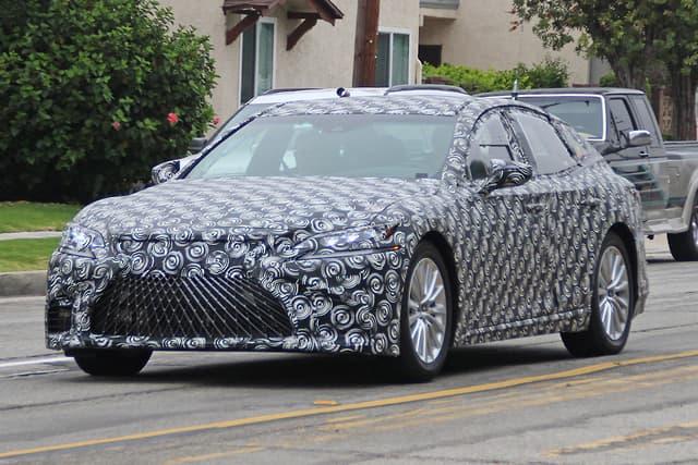 Wodorowy Lexus w testach