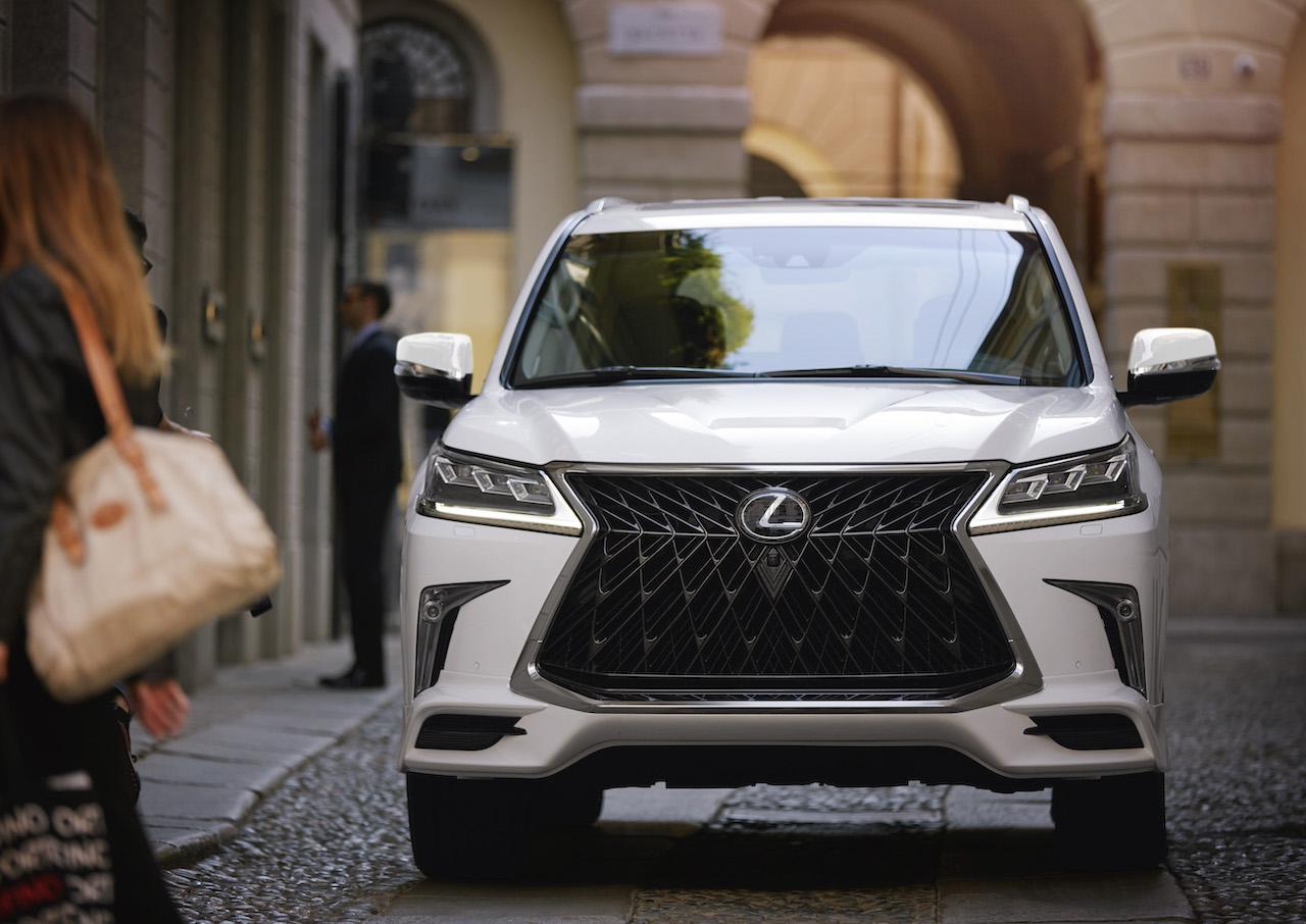 Lexus LX w sportowym wydaniu