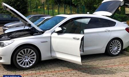 Luksusowe auta dekompletowano zaniżając ich wartość…