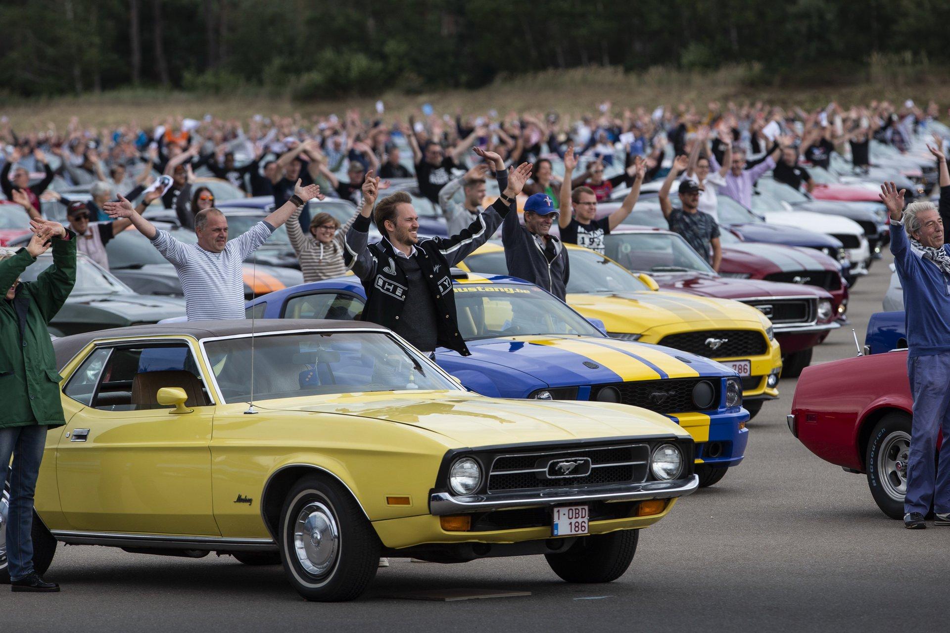 Rekord świata podczas największego zlotu Forda Mustanga