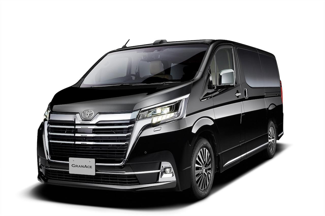 Nowy model Toyoty to van Granace