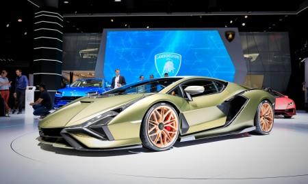 Pierwszy elektryczny model Lamborghini może być sedanem