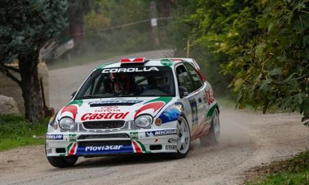 Historyczne Toyoty w Rally Legend w San Marino