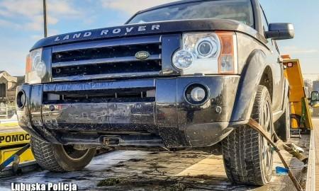 Poszukiwany listem gończym kierował skradzionym Land Roverem