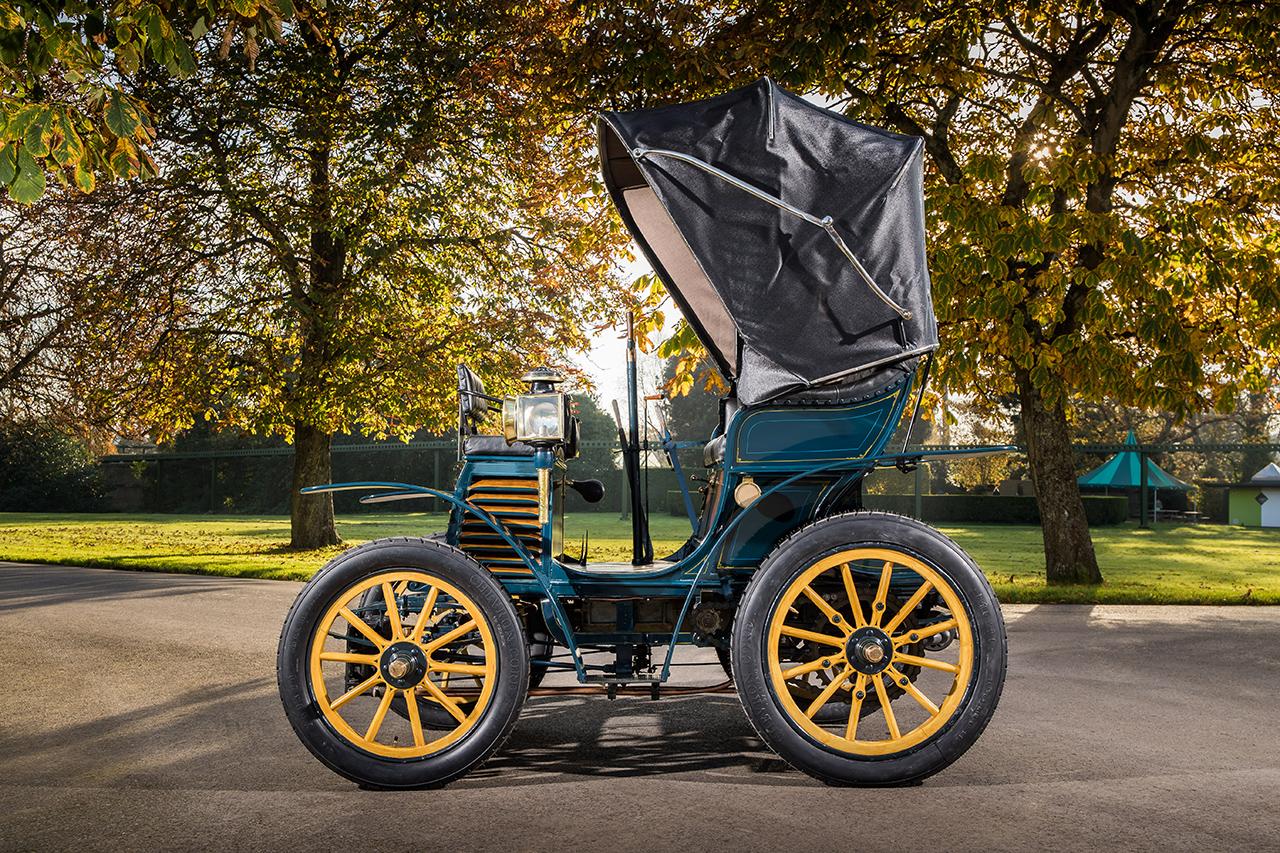 "Fiat 3½ hp z 1899 r. na trasie ""London to Brighton Veteran Car Run"""