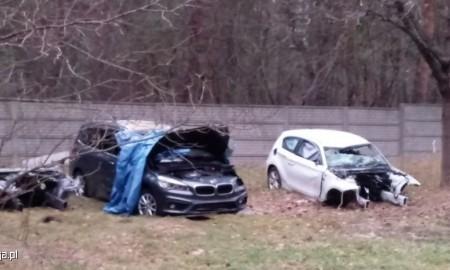 Samochodowa dziupla, a w niej między innymi dwa kradzione BMW