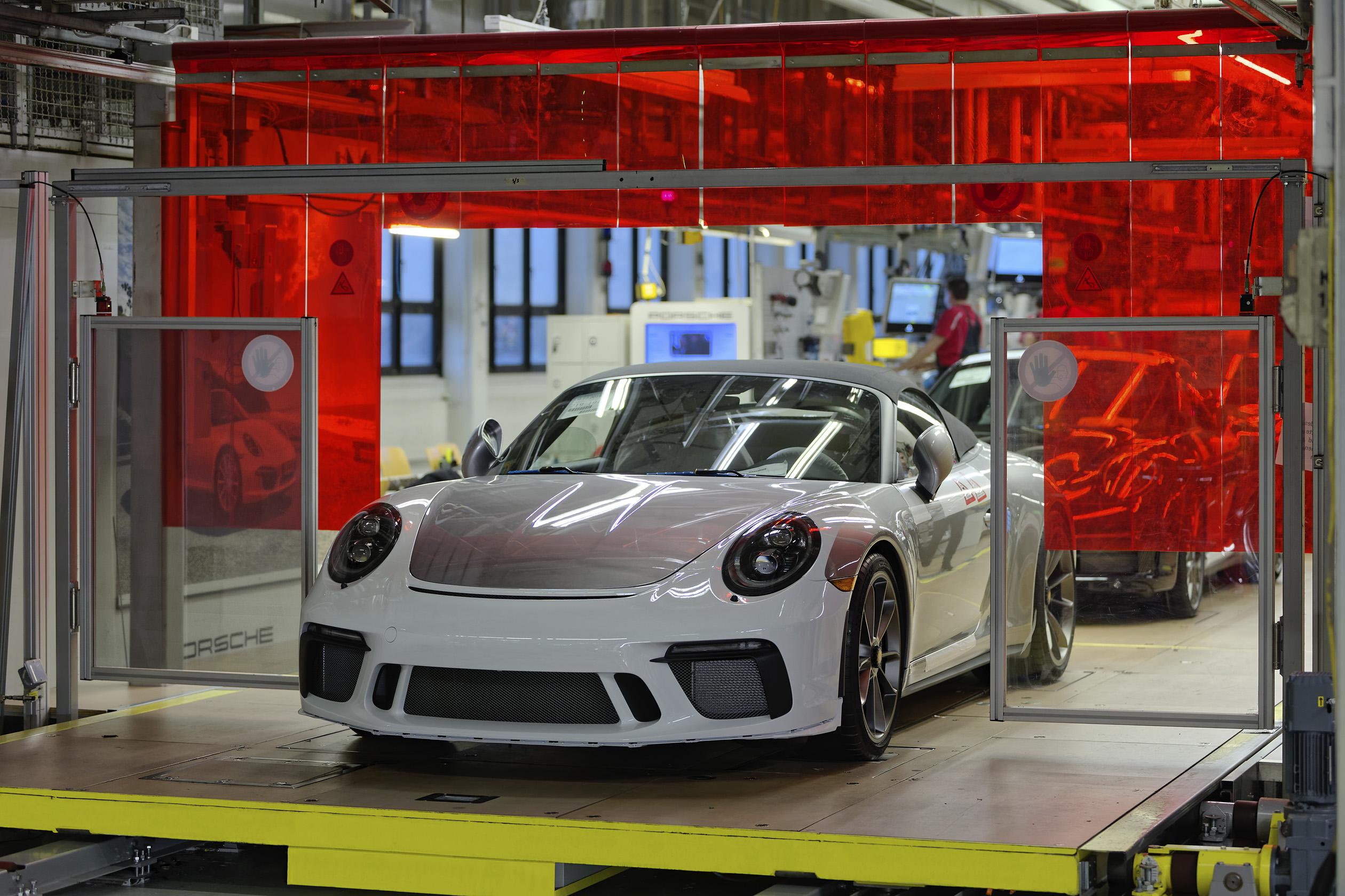 Ostatnie Porsche 911 generacji 991 opuściło linię produkcyjną