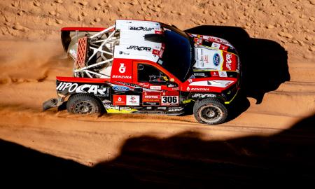 Przygoński tuż za podium w 9. etapie Dakaru