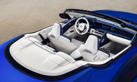 Pierwszy Lexus LC 500 Convertible trafi na aukcję