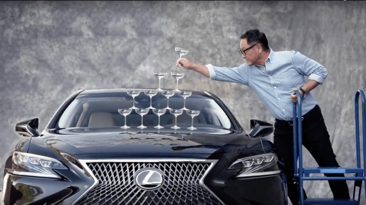 Szef Toyoty odtworzył słynną reklamę Lexusa