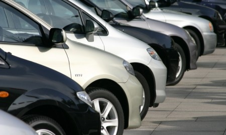 Samochód w czasie #zostańwdomu – jak o niego zadbać przed dłuższym postojem?