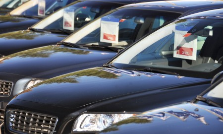 Zamknięte granice: Jak Polacy będą teraz kupować samochody?