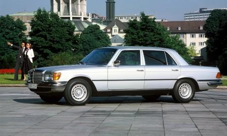 Mercedes 450 SEL 6.9 zadebiutował 45 lat temu
