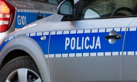 Nietrzeźwy przyjechał autem do komisariatu Policji odebrać dowód rejestracyjny i…