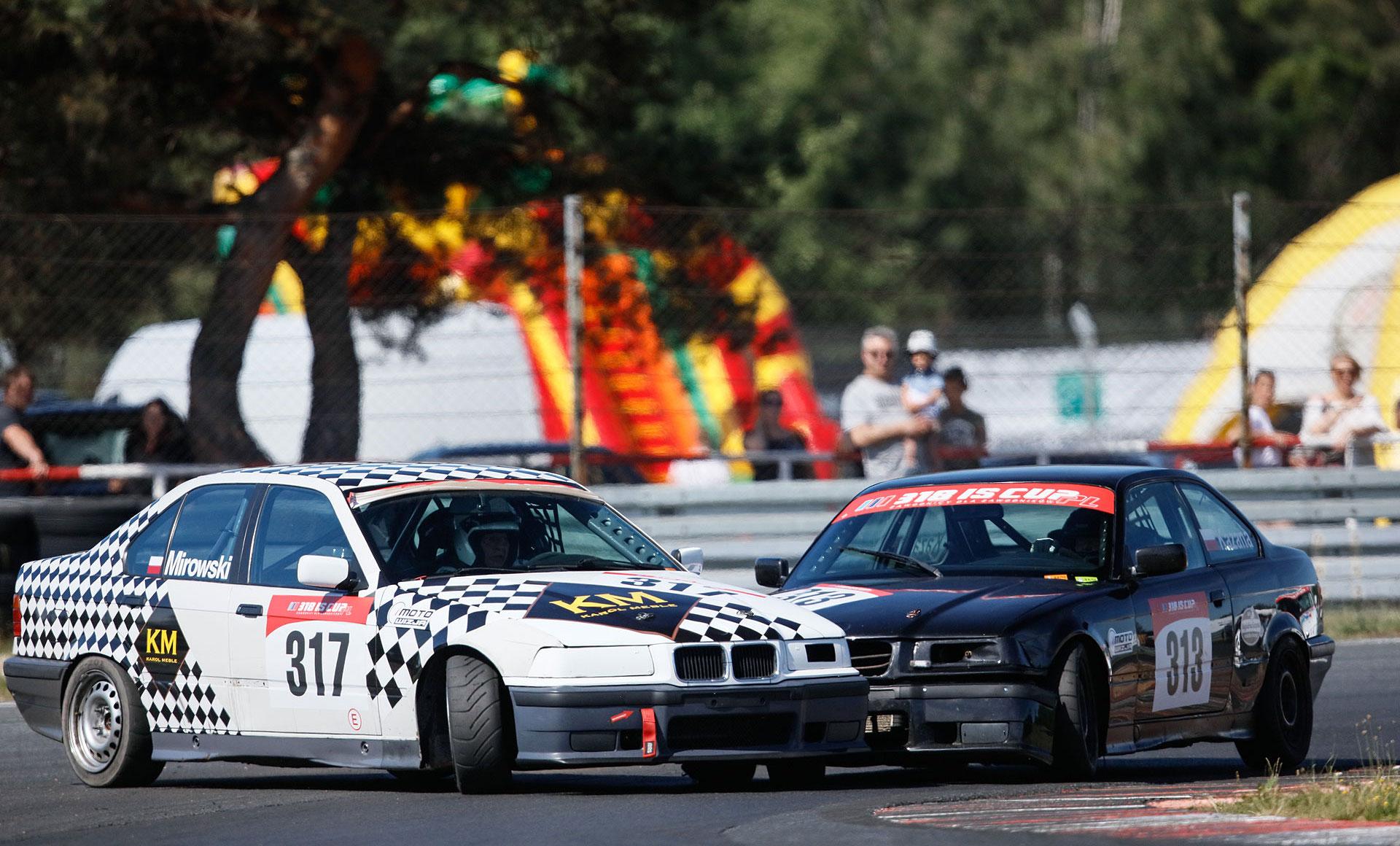 Blisko 120 aut na otwarcie sezonu WSMP