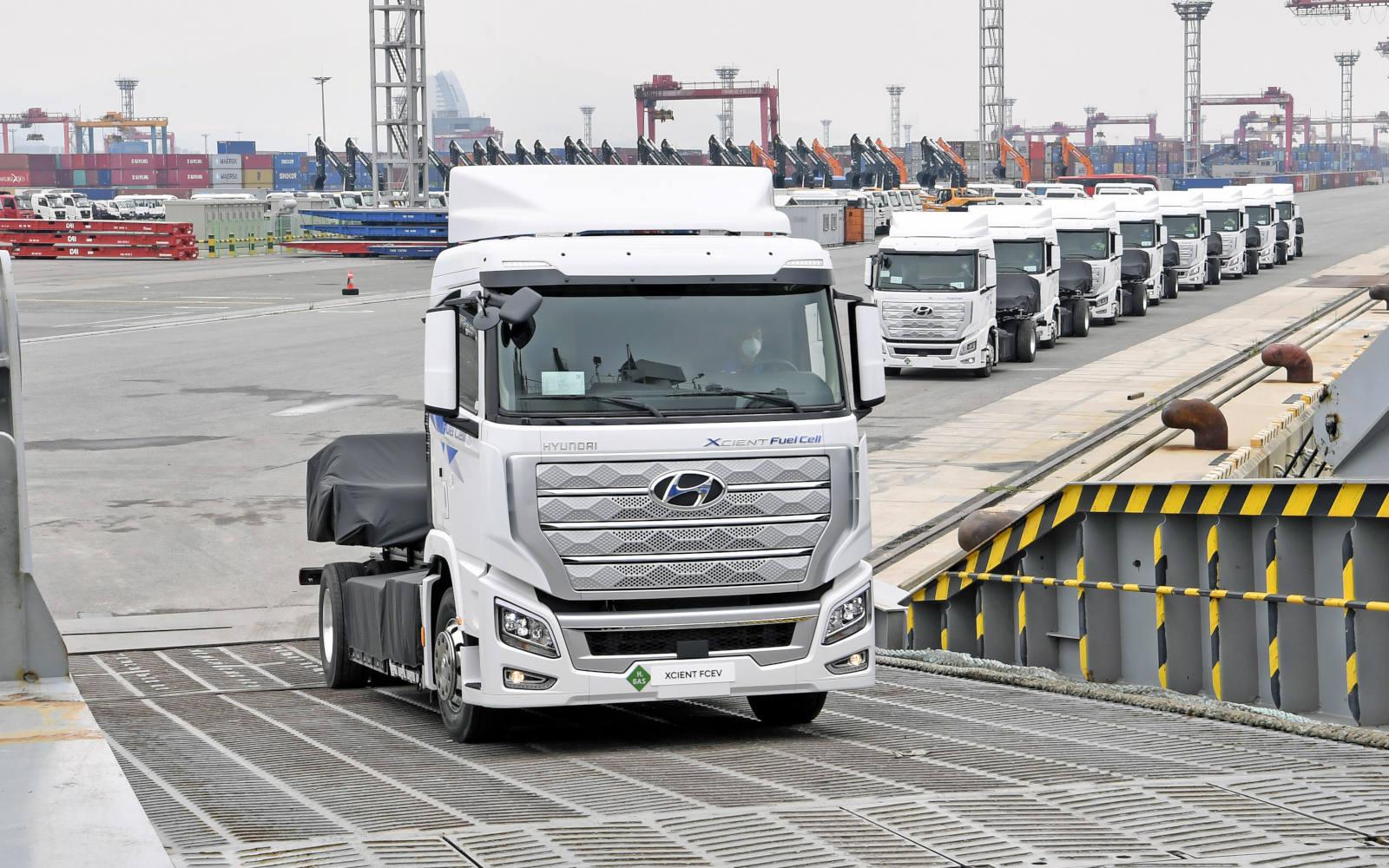 Hyundai XCIENT Fuel Cell - Pierwsza na świecie wodorowa ciężarówka