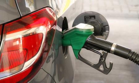 """""""Chrzczone"""" paliwo a konsekwencje dla silnika"""