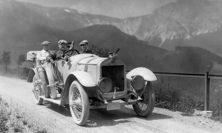 Odkrywca Marleny Dietrich za kierownicą pojazdu Laurin & Klement