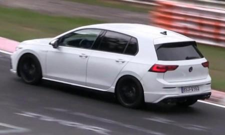 VW Golf R 2021 testowany na Nurburgringu