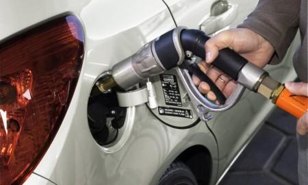 LPG, diesel czy benzyna? Co polecają specjaliści?
