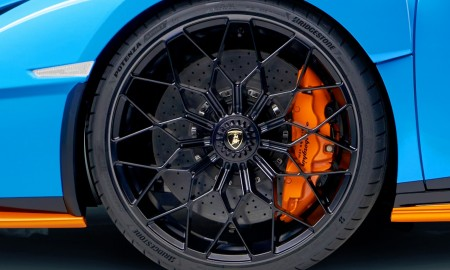 Lamborghini Huracán STO ze specjalnymi oponami