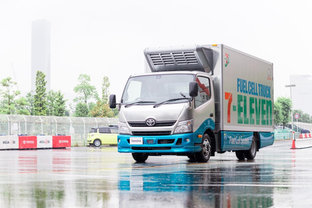 Toyota o krok od seryjnej produkcji wodorowych aut dostawczych