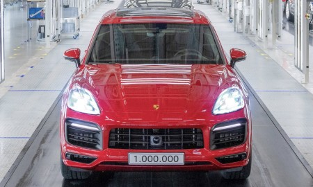 Milionowe Porsche Cayenne