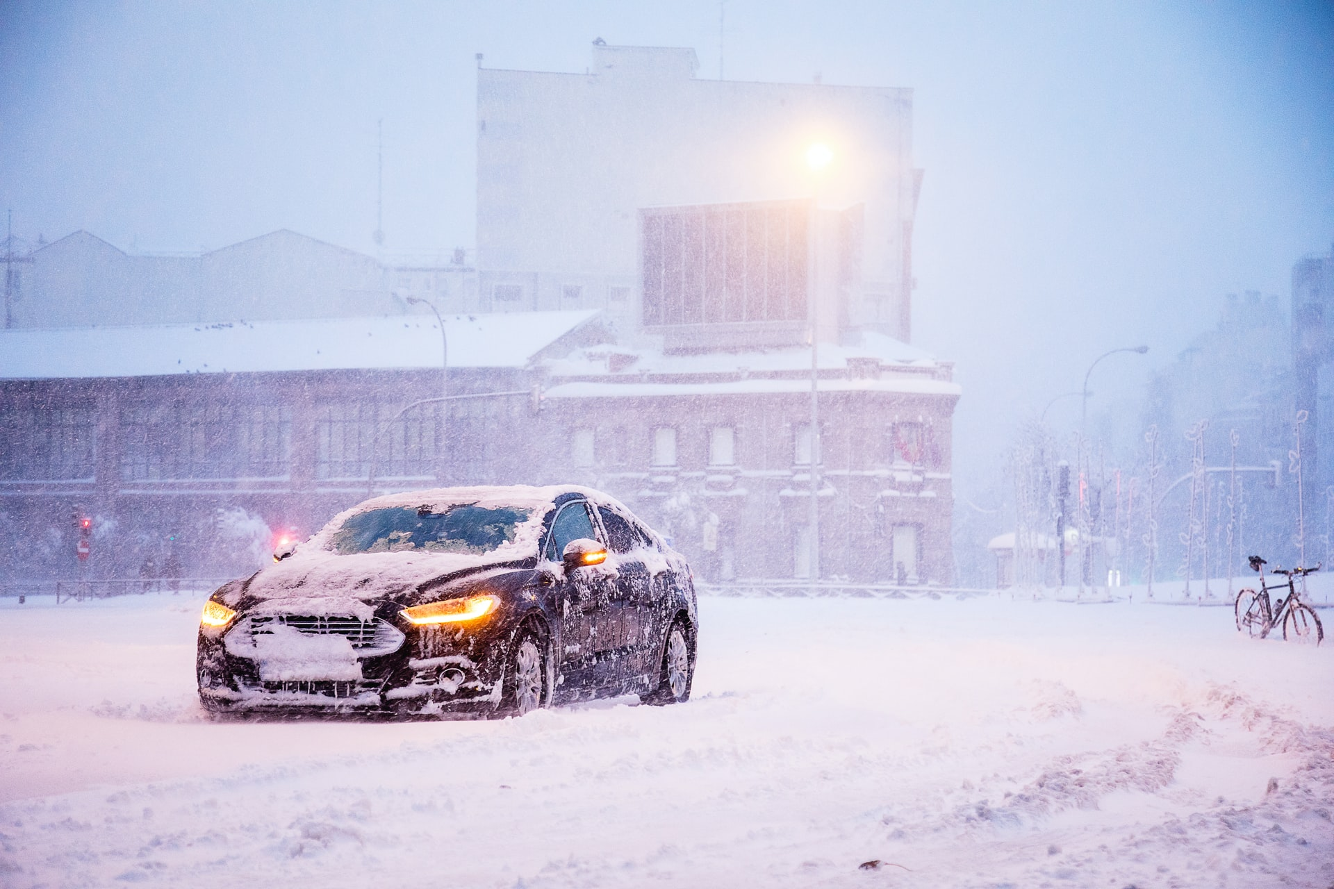 Atak zimy - kierowcy 3-krotnie częściej wzywają assistance