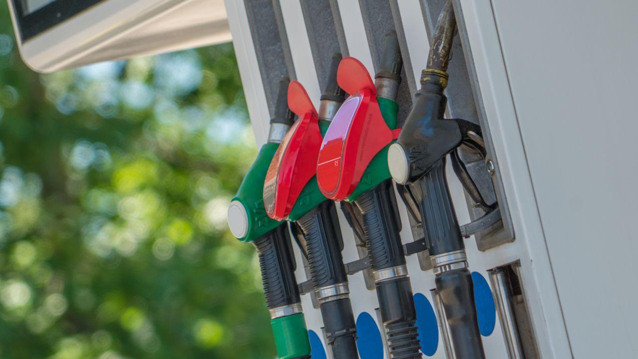 Dlaczego paliwa są najdroższe od roku i ciągle drożeją?