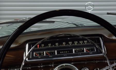 Tajniki Muzeum Mercedesa - prędkościomierz