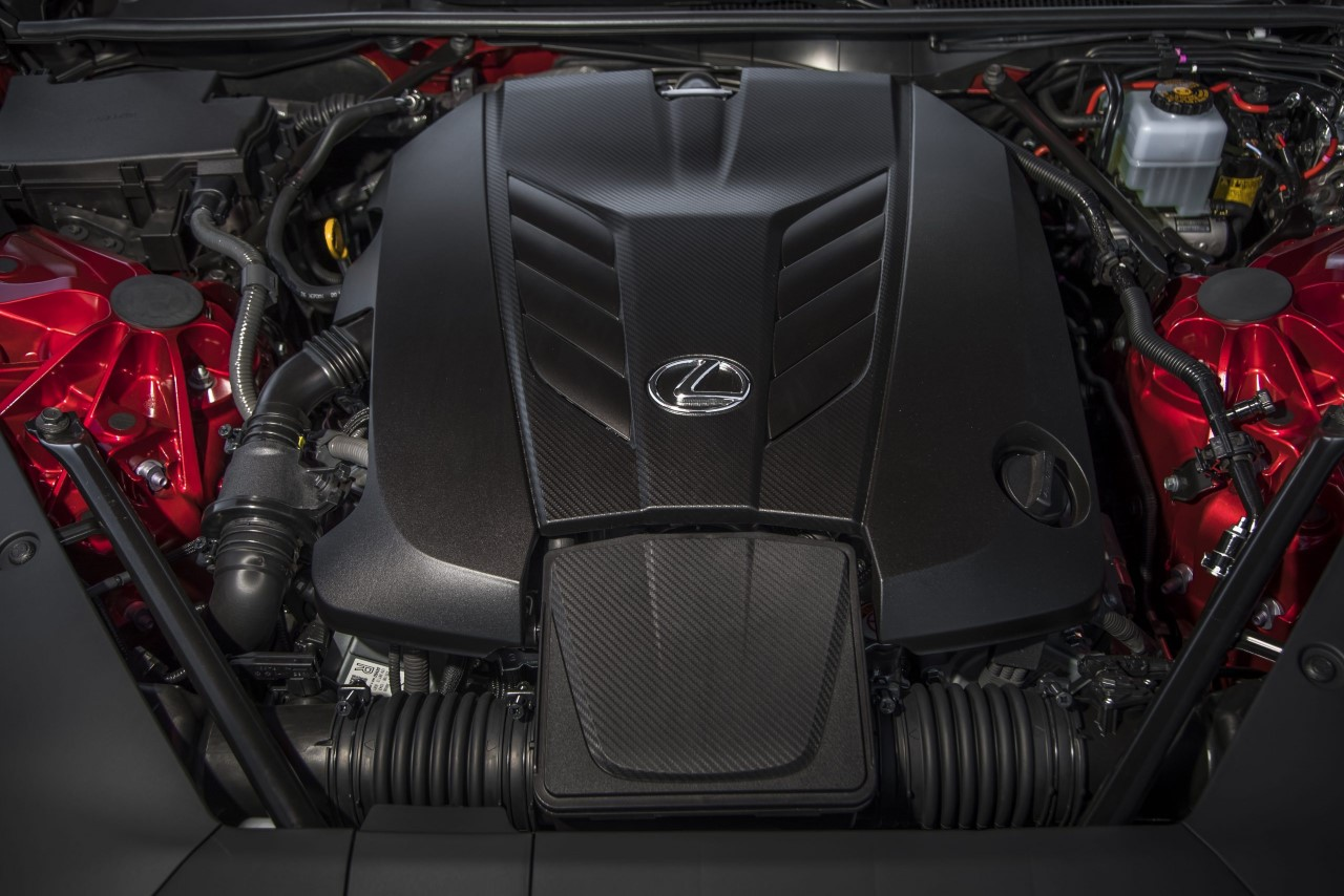 V-ósemki w planach Lexusa