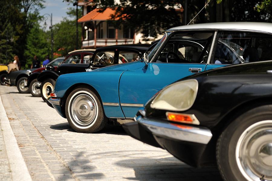 Stary Citroën i morze