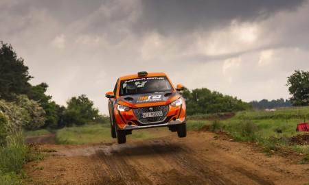Trzy Peugeoty 208 Rally 4 w Rajdowych Mistrzostwach Polski