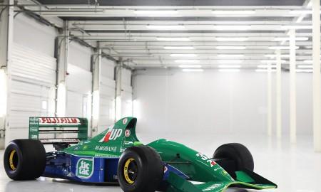 Pierwszy bolid F1 Michaela Schumachera na sprzedaż